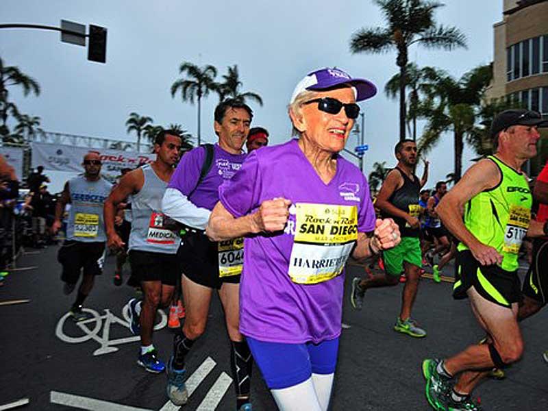 harriette-thomson-schaffte-den-marathon-in-7-stunden-24-minuten-und-36-sekunden